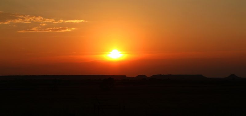 Sunset Gloss Mountains