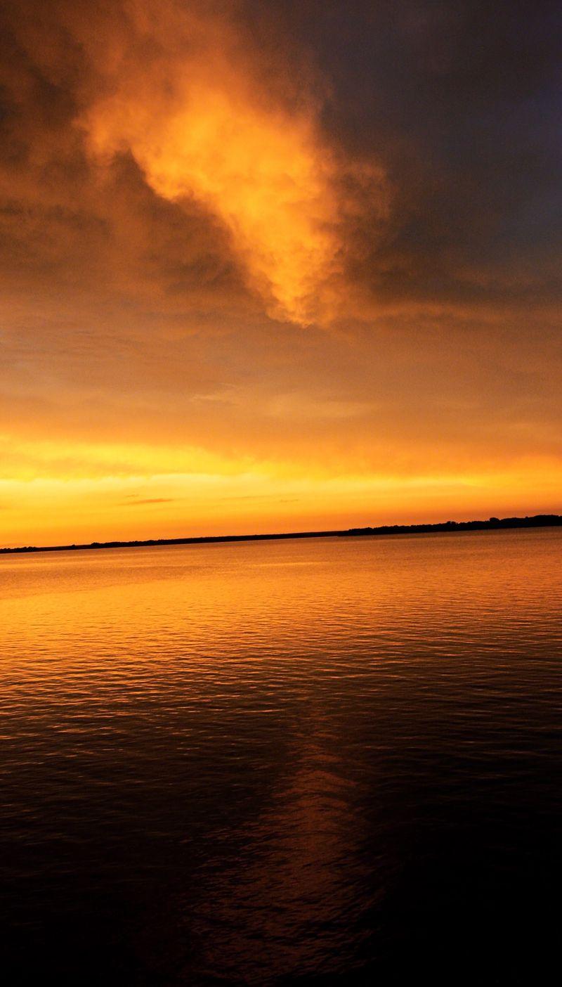 November Foss Lake Sunset