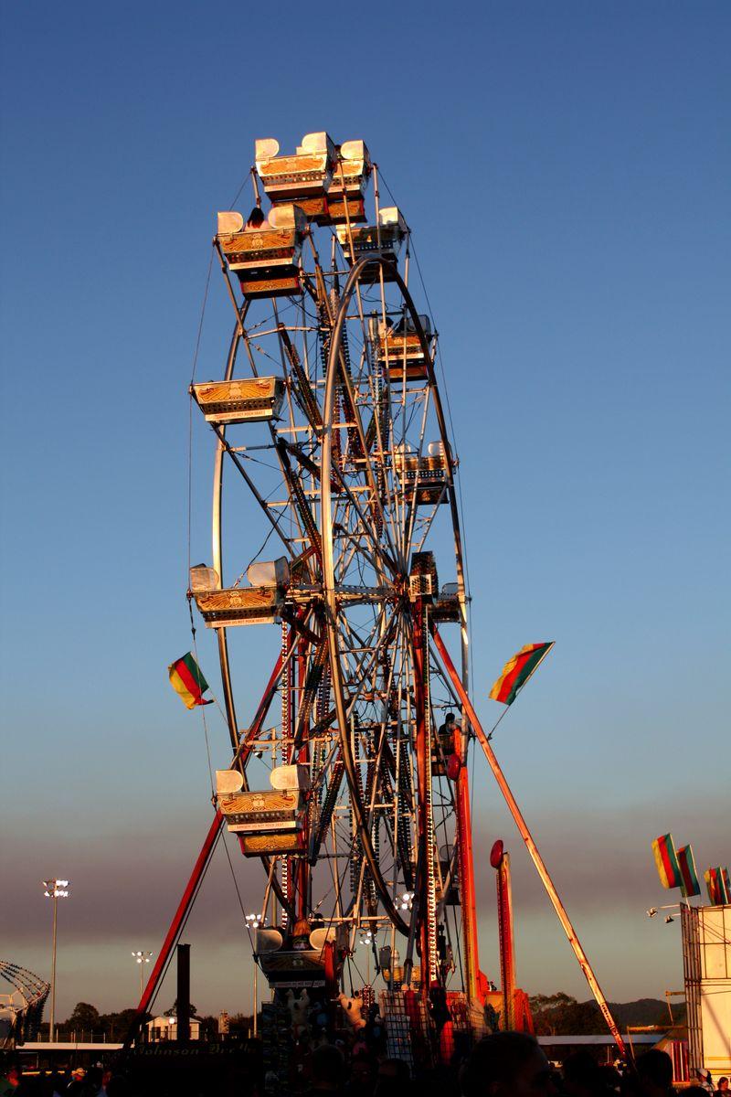 Ferris Wheel Color