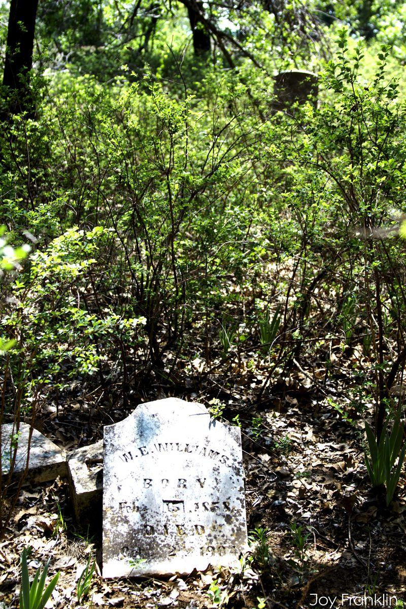 Abandoned Cemetery Cruce Oklahoma