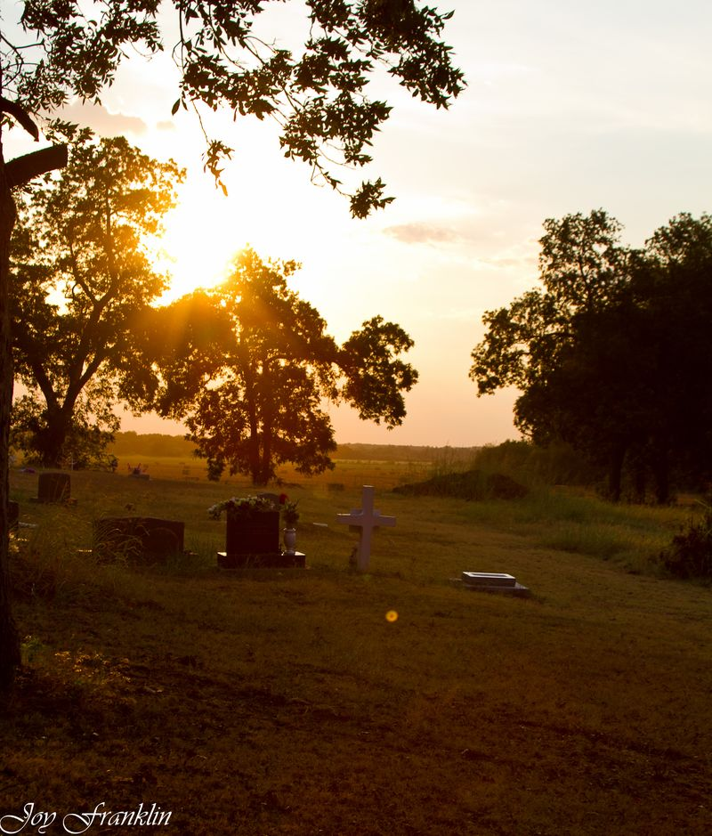 Sun set on a Cemetery (1 of 1)