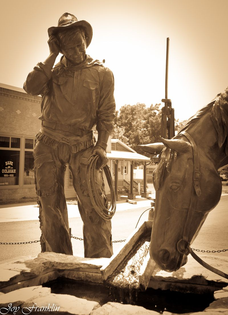 Will Rogers Statue  (1 of 1)