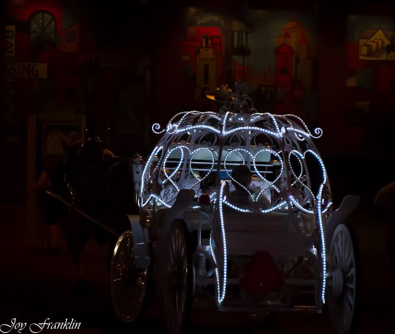 Carriage in OKC at night (1 of 1)