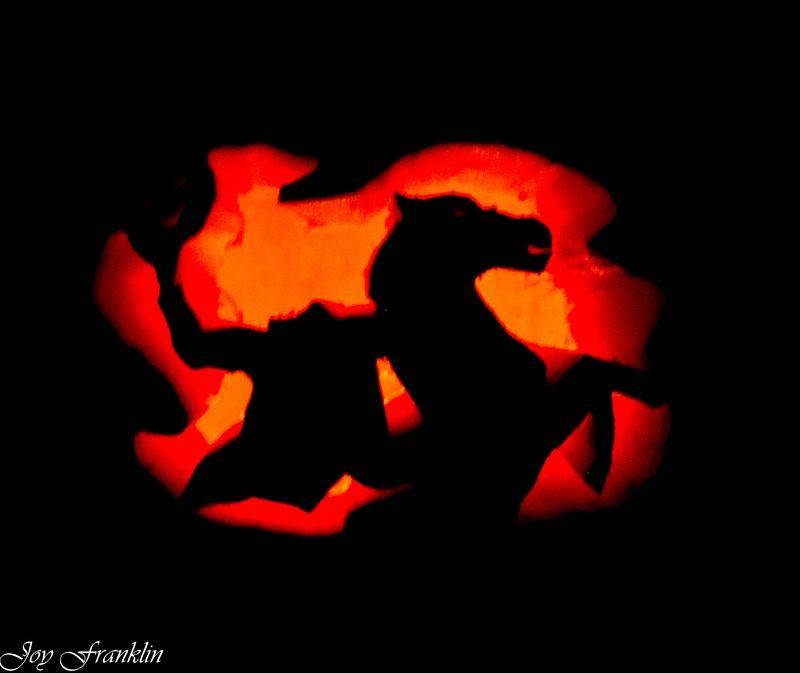 20111026-Carving Pumpkins 085
