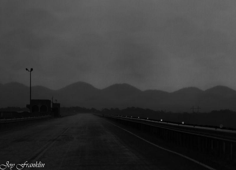 Rain on Sardis Dam BW (1 of 1)