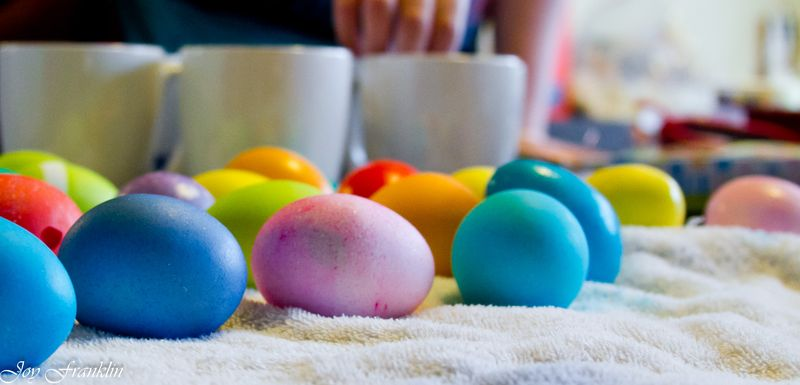 Coloring Eggs-1