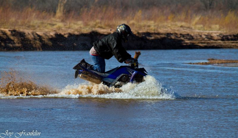 Four Wheeling in the Red River-081