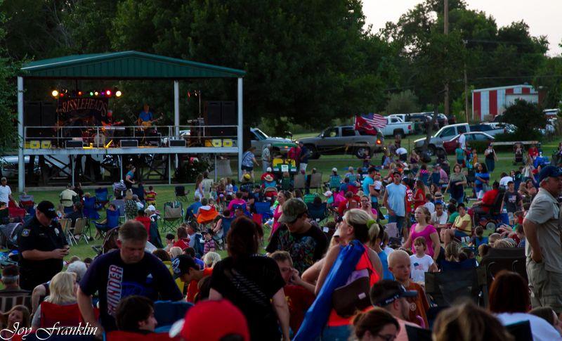 Fourth of July Crowd Marlow Oklahoma-3019