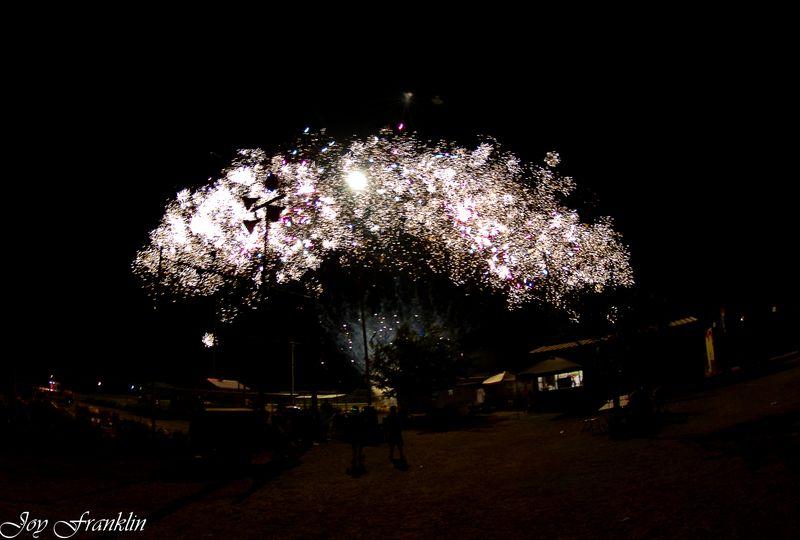 Velma Fireworks 2012-4305