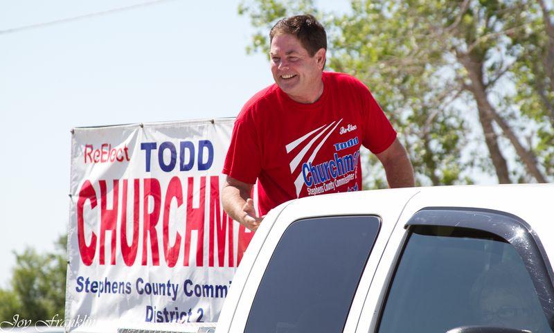 Todd Churchman in Velma Parade-4817