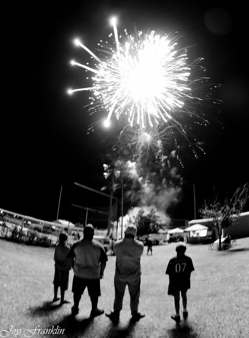 Velma Fireworks 2012-4338