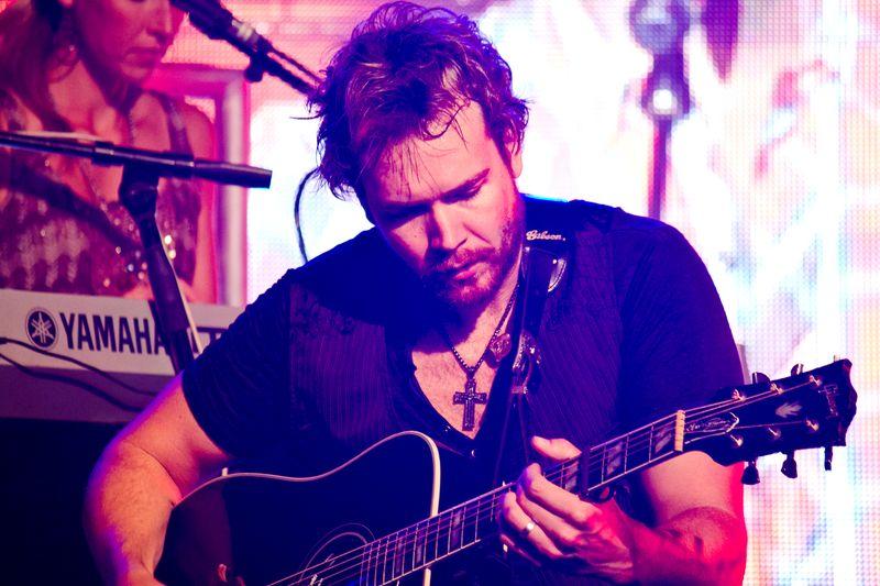 Josh Turner's band member -6107