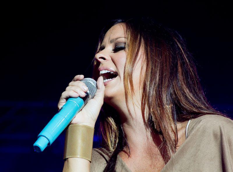 Sara Evans at Choctaw Festival-5942