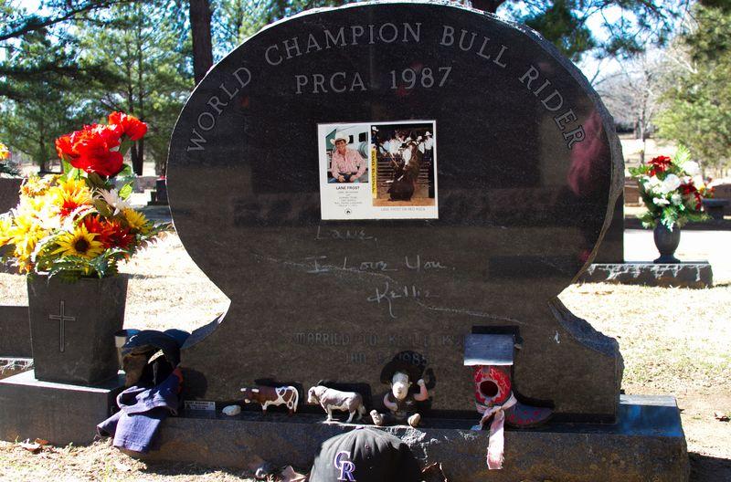 Lane Frost Grave-7044