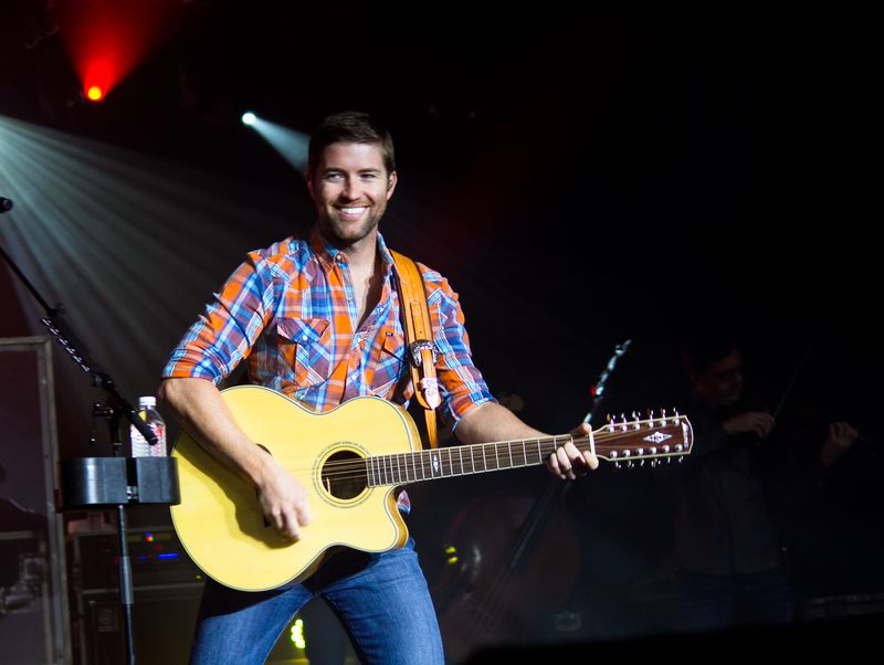 Josh Turner  at Tuskahoma -5996