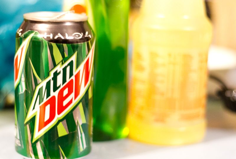 Dew can-1