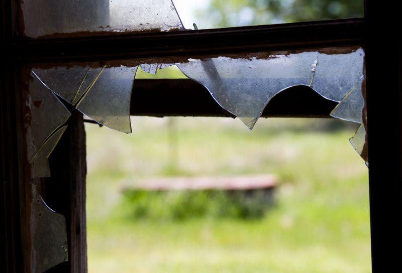 Broken Window-1209