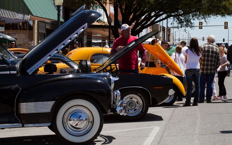 Crowded Main Street in Duncan Oklahoma at the Car Show-0727