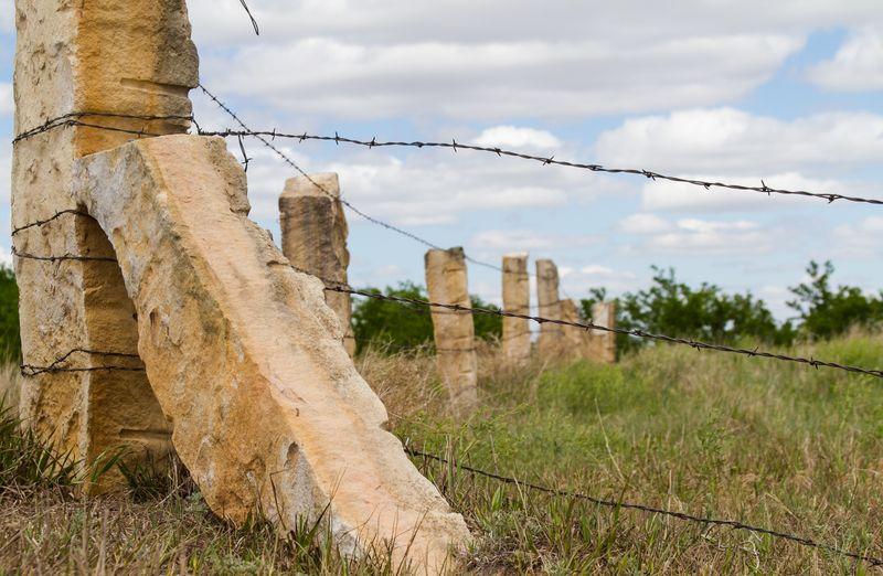 Post Rocks on the Plains-4082