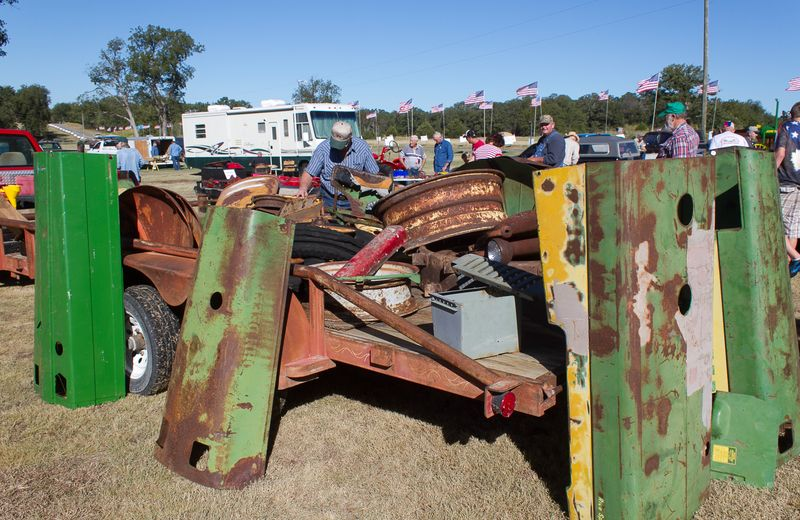 Junk at the tractor show swap meet-3650