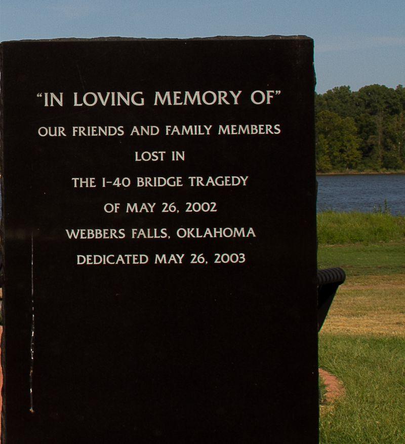 Webbers Falls Bridge Collapse Memorial -2086