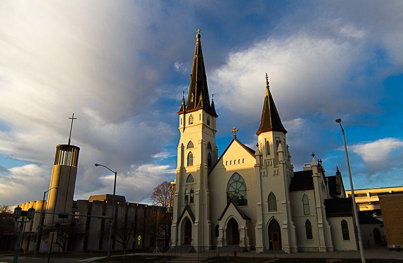 Church across from Nebraska State Capitol-6799