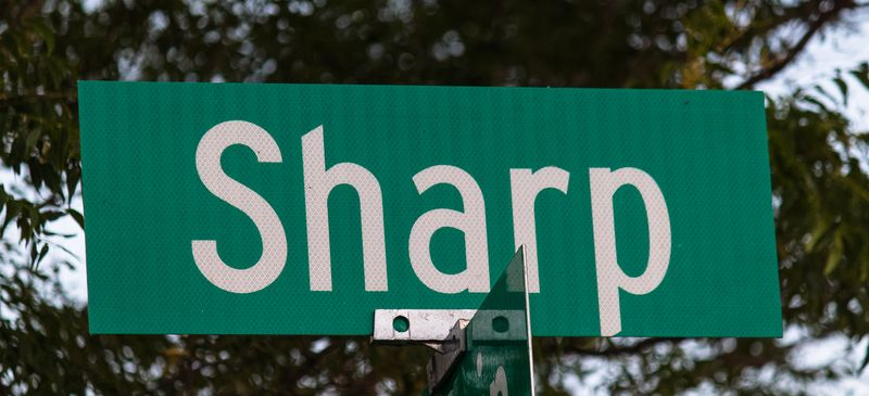 Sharp Road-8650