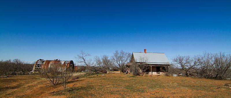 Abandoned Farm -8266