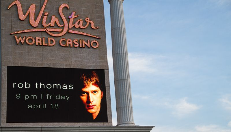 Rob Thomas at Winstar Casino -2377