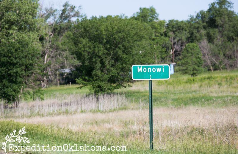 Monowi Nebraska population 1 -3935