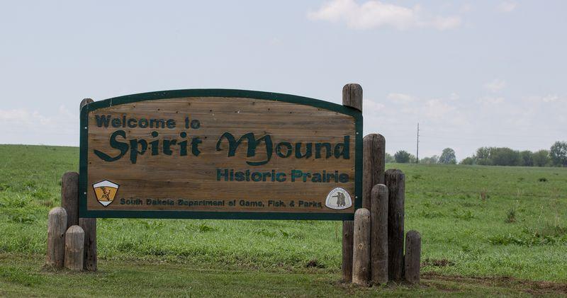 Spirit Mound - Historic Prairie Sign-9116