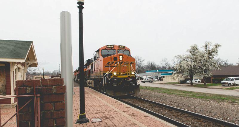 Pauls Valley Train Depot Museum BNSF Train-7877