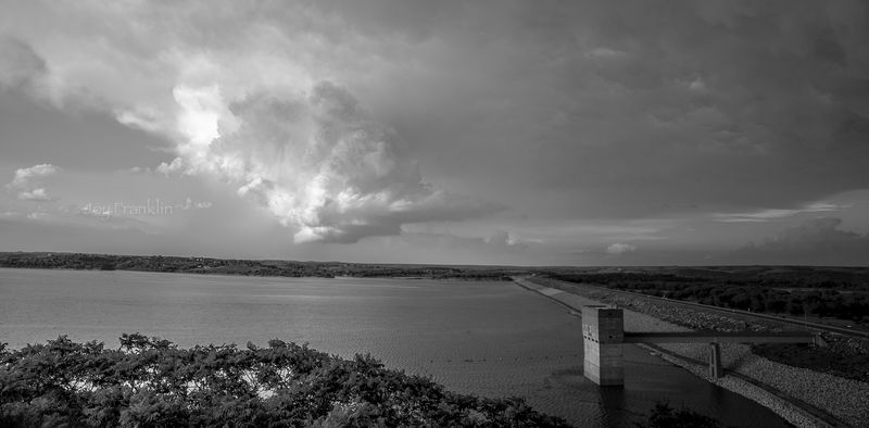 Tuttle Creek Lake - Storm -1-4