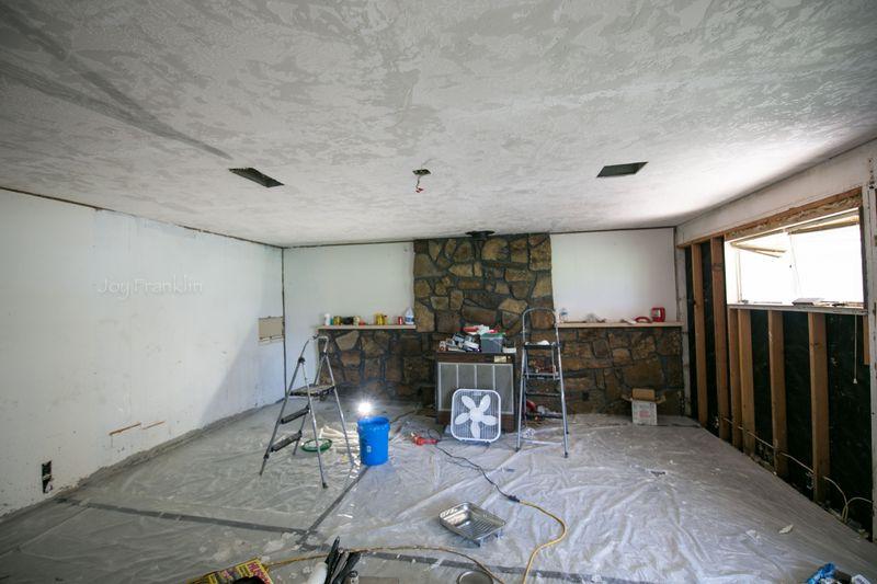 Family Room Renovation-1-2