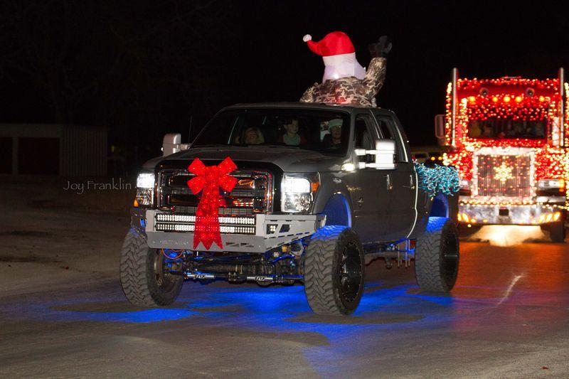 Velma Christmas  Parade -1-8
