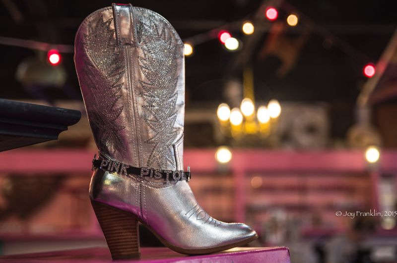 Miranda Lambert's The Pink Pistol in TIshomingo  -7412